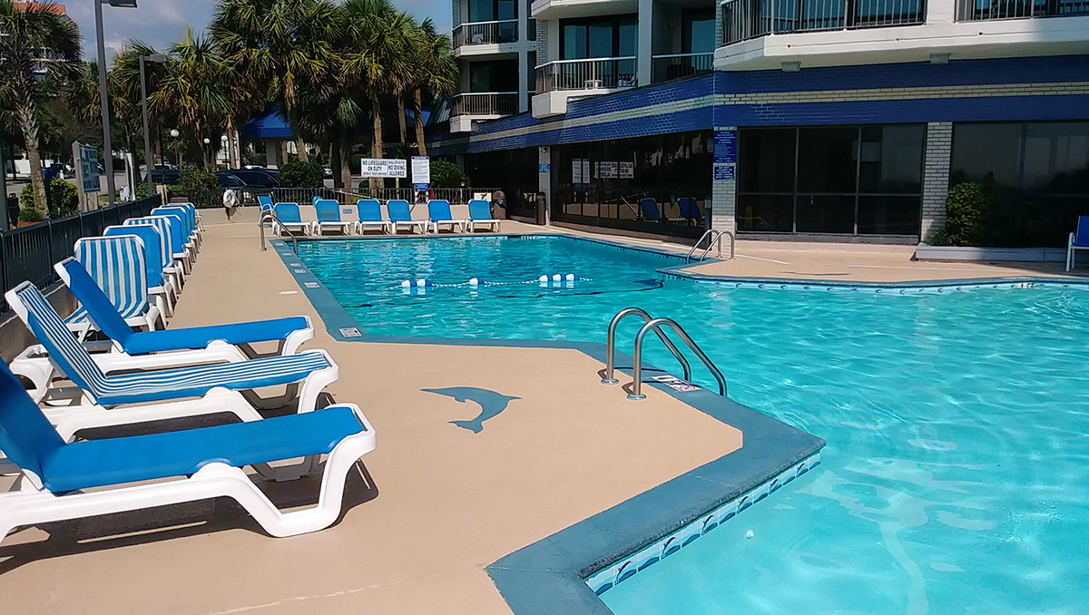 Outdoor Pool at Carolina Winds